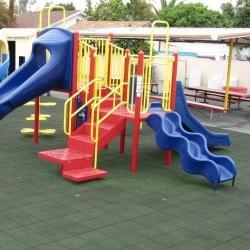 Lygios SBR guminės plytelės vaikų žaidimų aikštelėms