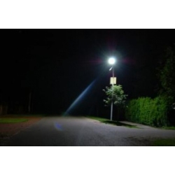 LED kelio šviestuvai su saulės baterija