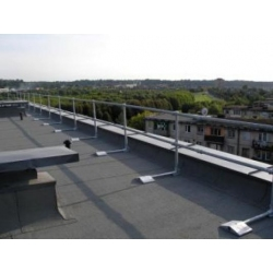 Į stogą netvirtinamas atitvaras Kee Guard